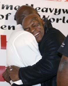 Tyson e Holifield